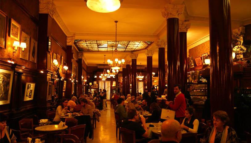 26 DE OCTUBRE DÍA de los cafés de la ciudad de Buenos Aire