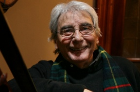 Claudio Garcia Satur regresa al teatro con una nueva obra. ESP      1_8_12          Hernan Zenteno