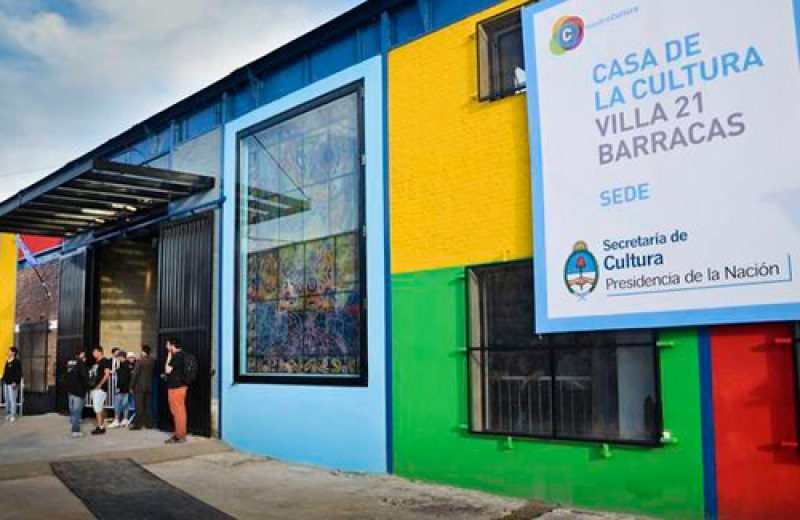 La Casa Central de la Cultura Popular: Villa 21-24