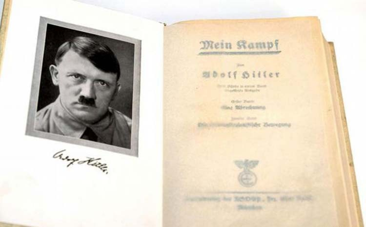 Clausuran un kiosco que comercializaba obras de Hitler