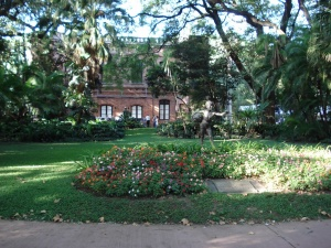 Buenos_Aires_Entrada_al_Jardin_Botanico_Carlos_Thays