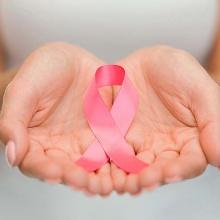 Mujeres-cancer-de-mama-belleza-compras-rosas-5
