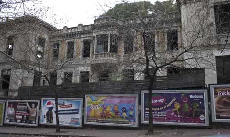La renovación del Antiguo edificio  Paladelai