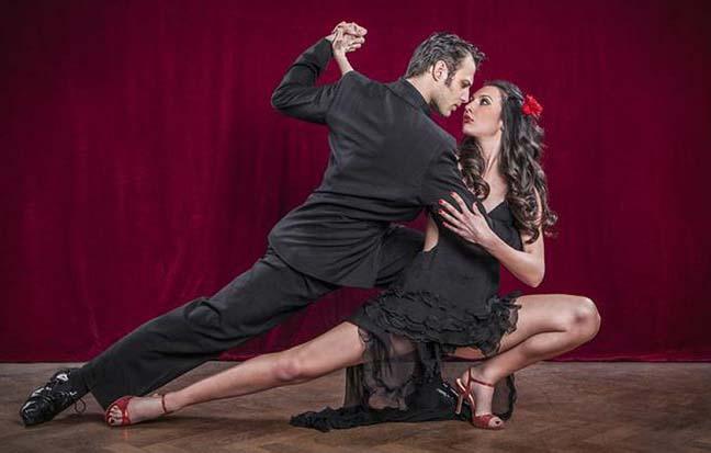 ¿La decadencia del tango o la recuperación  de la tradición?