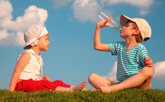 Niños: cuidados básicos para el verano