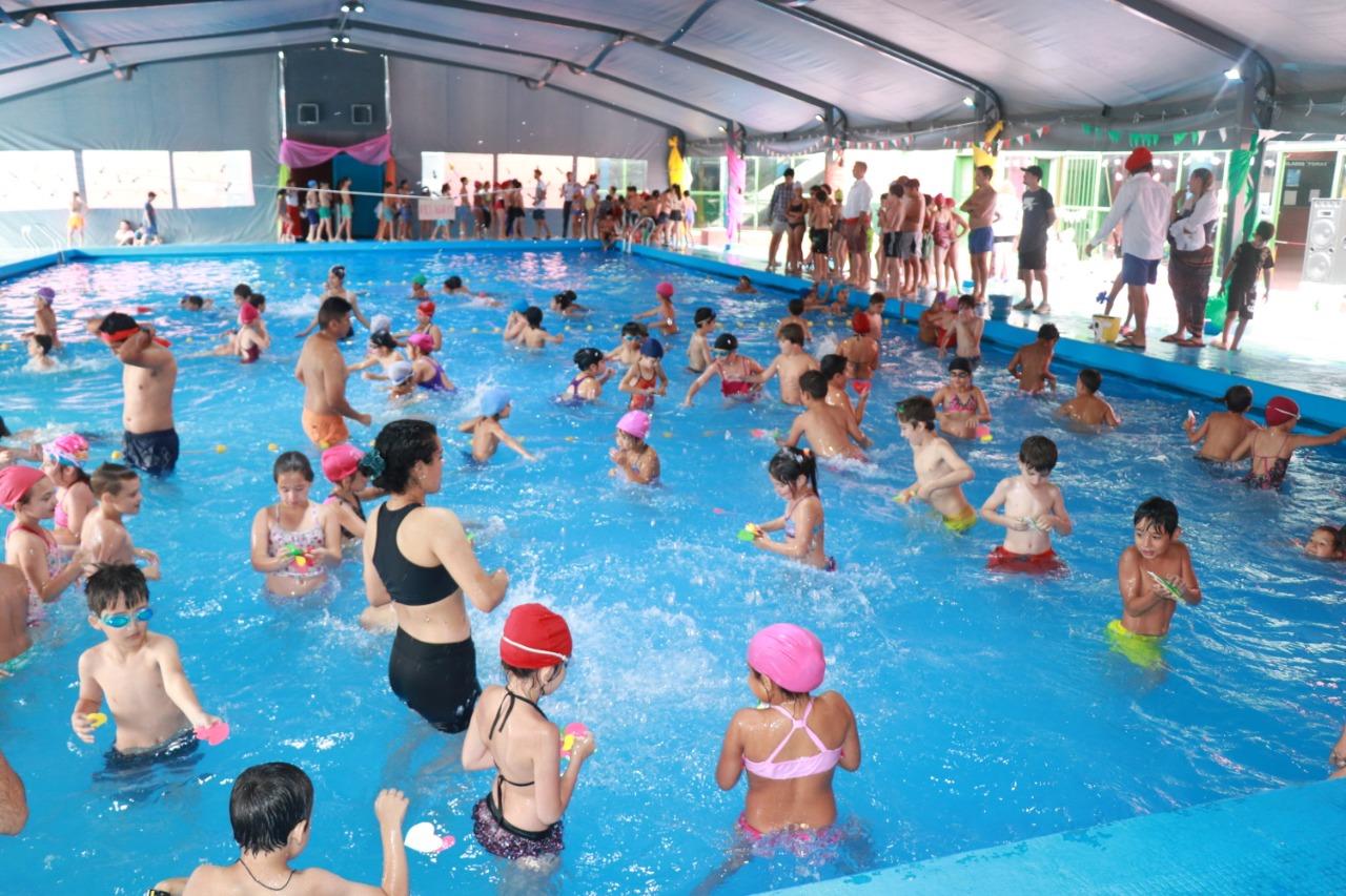 Los polideportivos Pomar y Santojani ya cuentan con piletas climatizadas para todo el año.