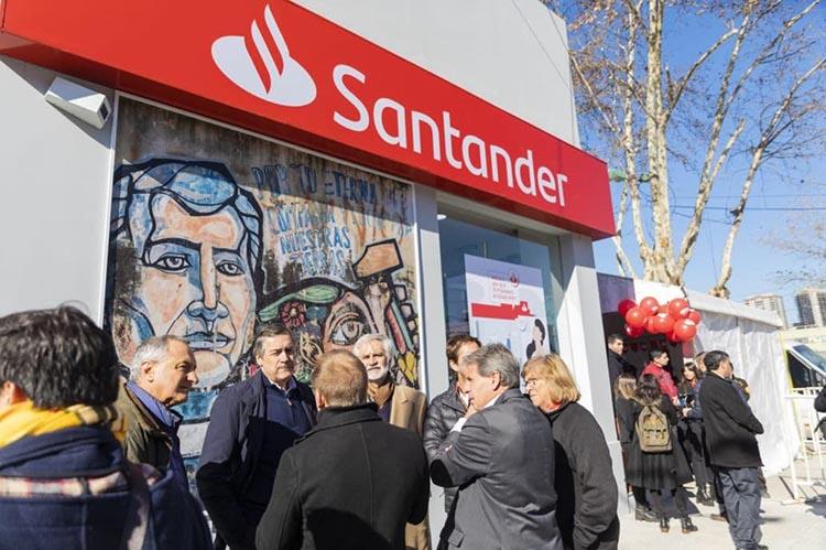 En la Villa 31 de Retiro se inauguro la primera sucursal de integración social de un banco privado