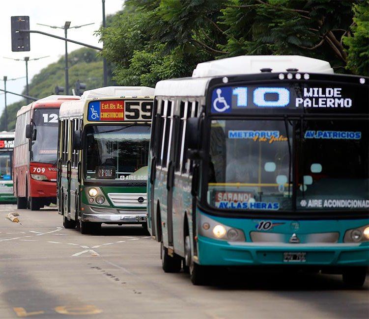 Colectivos: reunión entre el Ministerio de Transporte y Empresas del sector