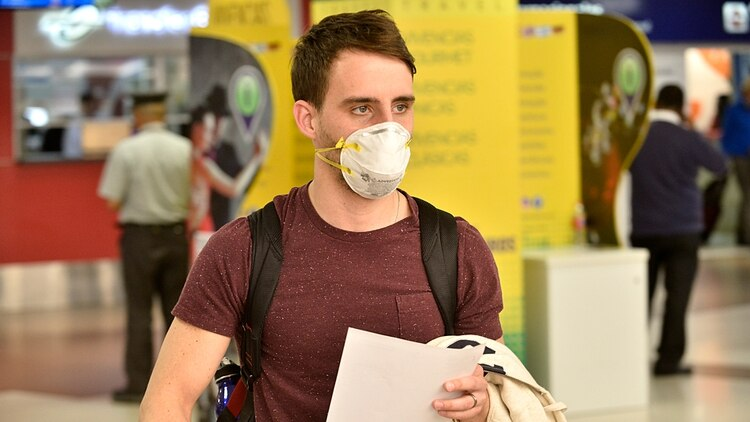 Coronavirus: las farmacias de la ciudad agotaron su stock de barbijos