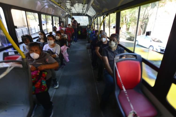 Extreman el protocolo para los usuarios de transporte público