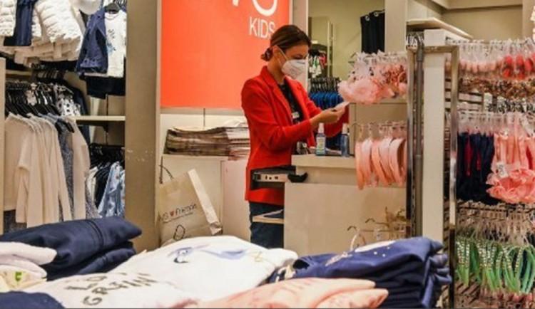 Elaboraron protocolos para poder abrir locales de indumentaria y calzados