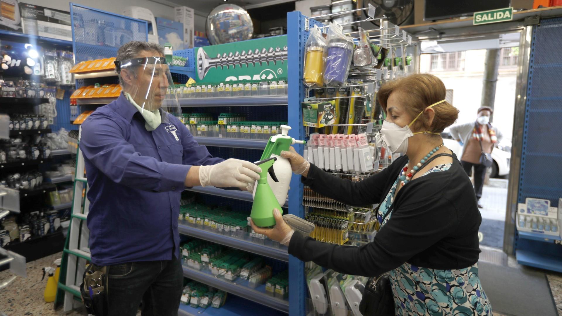 Pandemia: Las ventas minoristas cayeron fuertemente en el AMBA