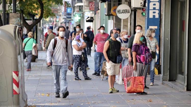 """""""Más del 10% de las personas que viven en la ciudad ha tenido la enfermedad"""", dijo Fernán Quiros."""