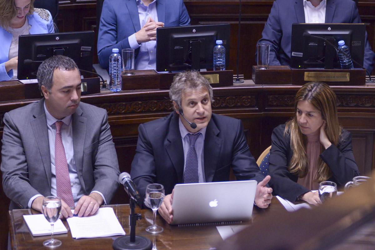 Felipe Miguel, presentó el informe de gestión en la Legislatura