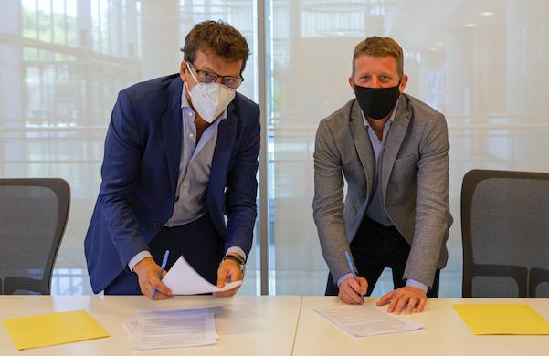 Se firmó un acuerdo entre el GCBA y Bumeran para promover el trabajo en tecnologías