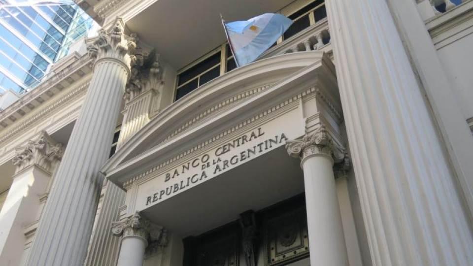 Los cinco frentes del endeudamiento externo argentino y el rol de la deuda externa privada