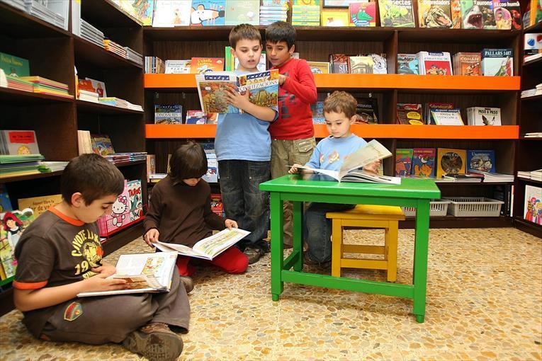 Se entregarán libros escolares para estudiantes
