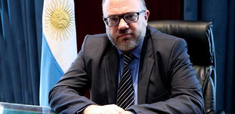 """Ministro Kulfas: """"Es decisión política apoyar el desarrollo científico y tecnológico"""""""