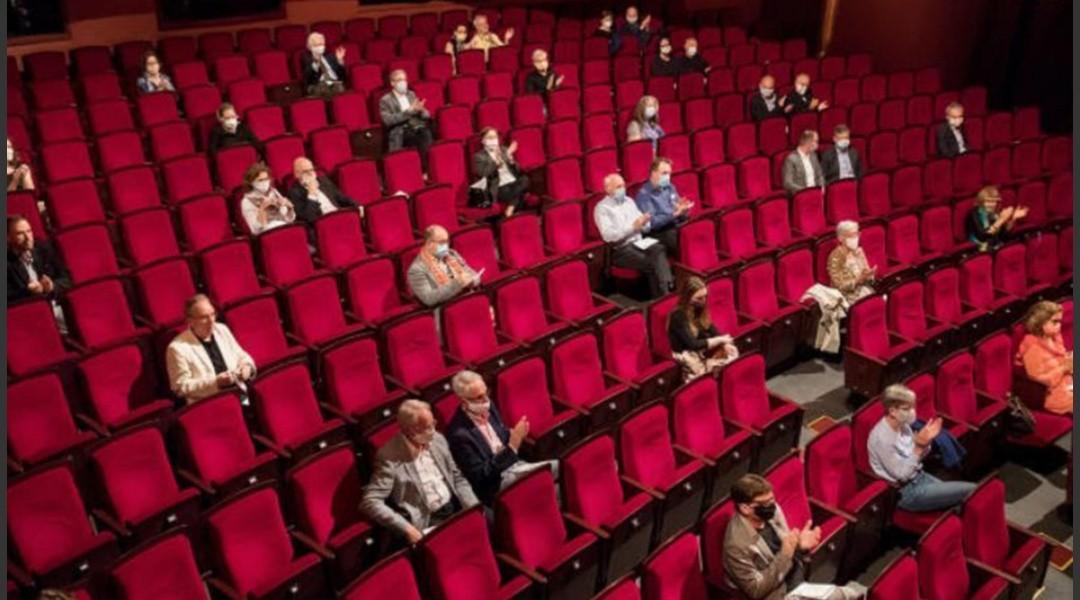 Hoy viernes 18 de junio reabren cines y teatros porteños