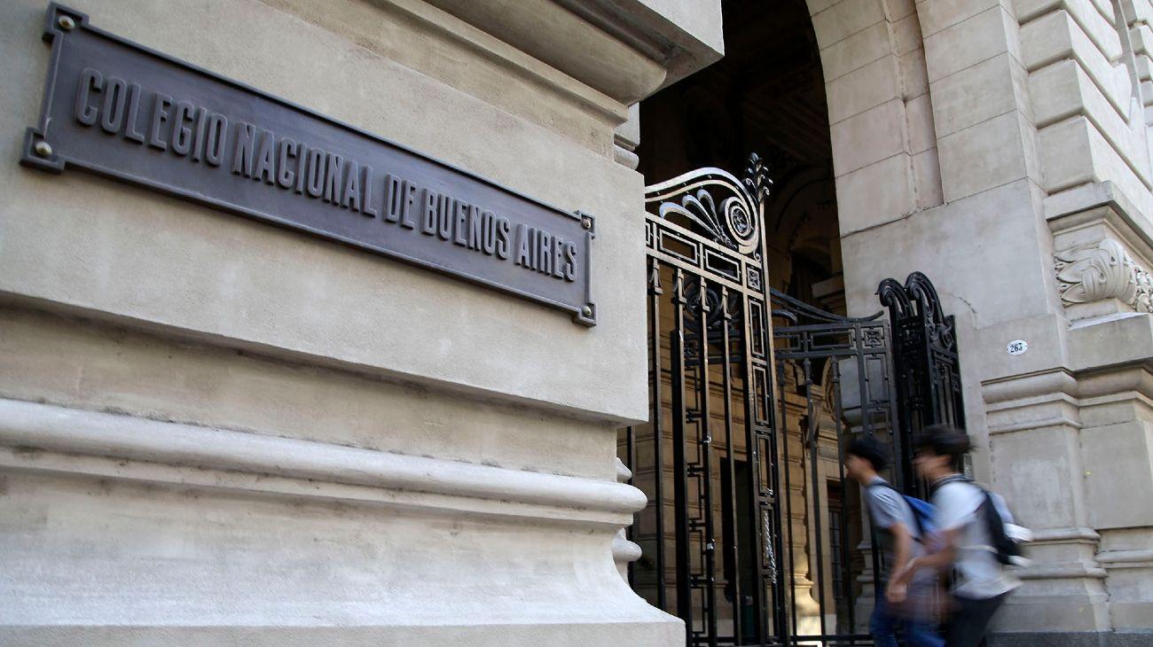 Robo en el Colegio Nacional Buenos Aires