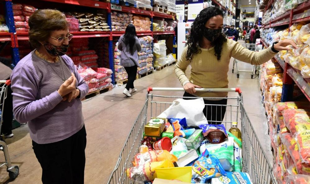 Inflación: Las compras cuestan cuatro veces más que hace cuatro años
